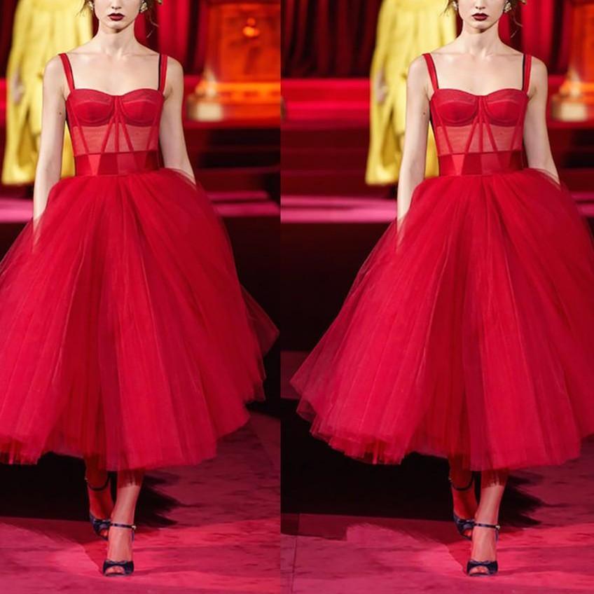 Vintage abiti da ballo rossa con cinghie tulle una linea illusione top su ordinazione realizzata plus size celebrity party ball gown formale sera da sera abiti da sera