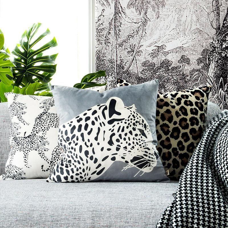 Cushion/Decorative Pillow Leopard Print Cushion Cover Decorative Cute Case Modern Animal Collection Soft Velvet Coussin Sofa Chair Home Deco