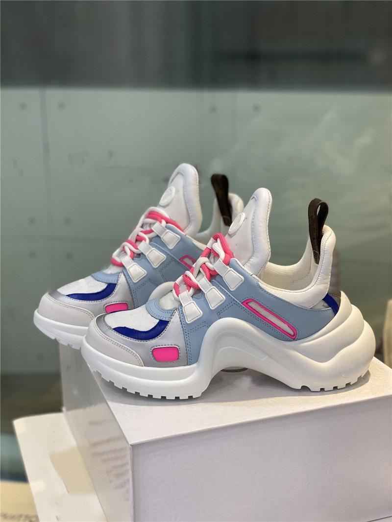 Klasik Stil Kadın Ve Erkekler Sneaker Moda Rahat Ayakkabılar Kadın Eğitmenler için Yürüyüş Sneakers Daha Fazla Renk Boyutu 35-45