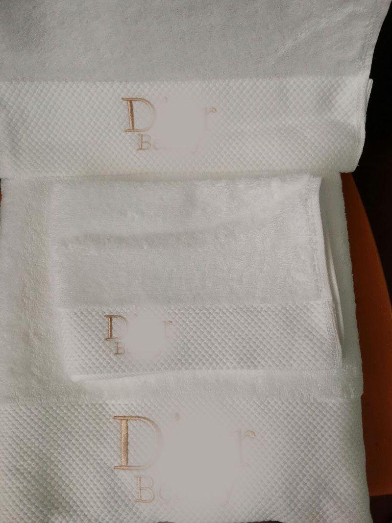 Luxury Designer Bath Towel Soft Male Female Adults Thicken Christmas Cotton Towels 3 Pieces Set 235