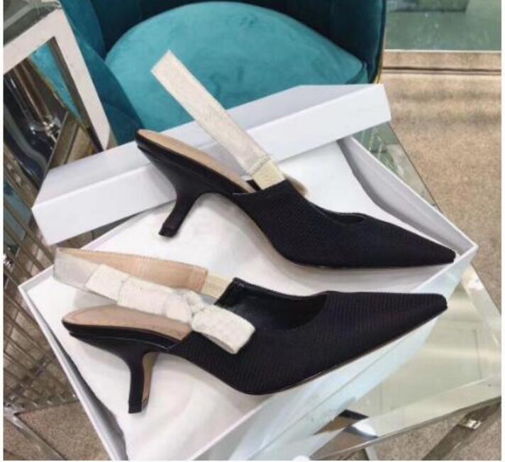 Yaz Yüksek Topuklu Deri kadın Sandalet Tüm Maç Moda Bayanlar Allblack Düğün Katı Renk Sivri Ayakkabı Size35-42