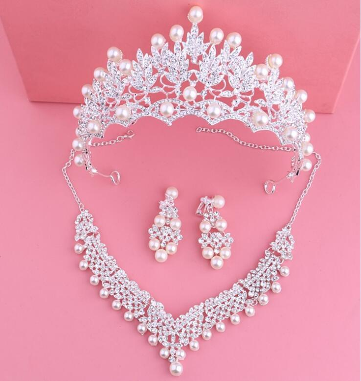 Designer Jewelry Sets for Bride Wedding Party Crystal Crowns Necklace Earring Sets Headbands Shining Rhinestone Headpieces Tiaras