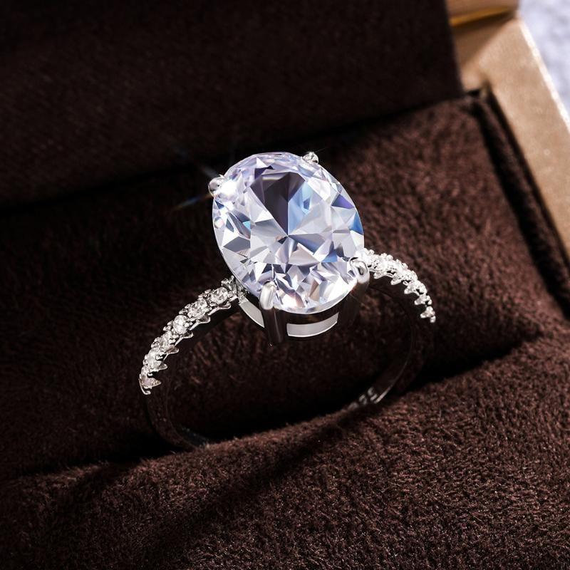 Huitan Fantezi Oval Kübik Zirkonya Gümüş Renk Yüzükler Kadın Düğün Zarif Teklif Nişan Yüzüğü Zamansız Şekillendirici Takı Hediye