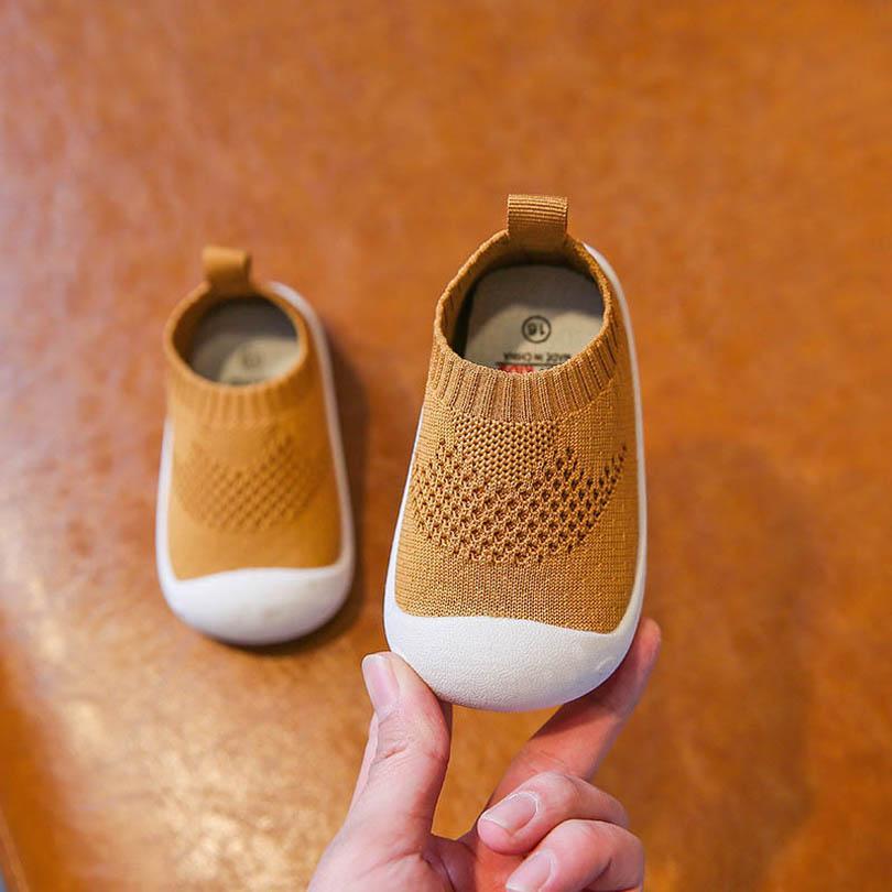 طفل أول مشوا أحذية الفتيان أحذية الرضع أحذية رياضية طفل ارتداء ربيع الخريف لطيف غرفة الجوارب B4655