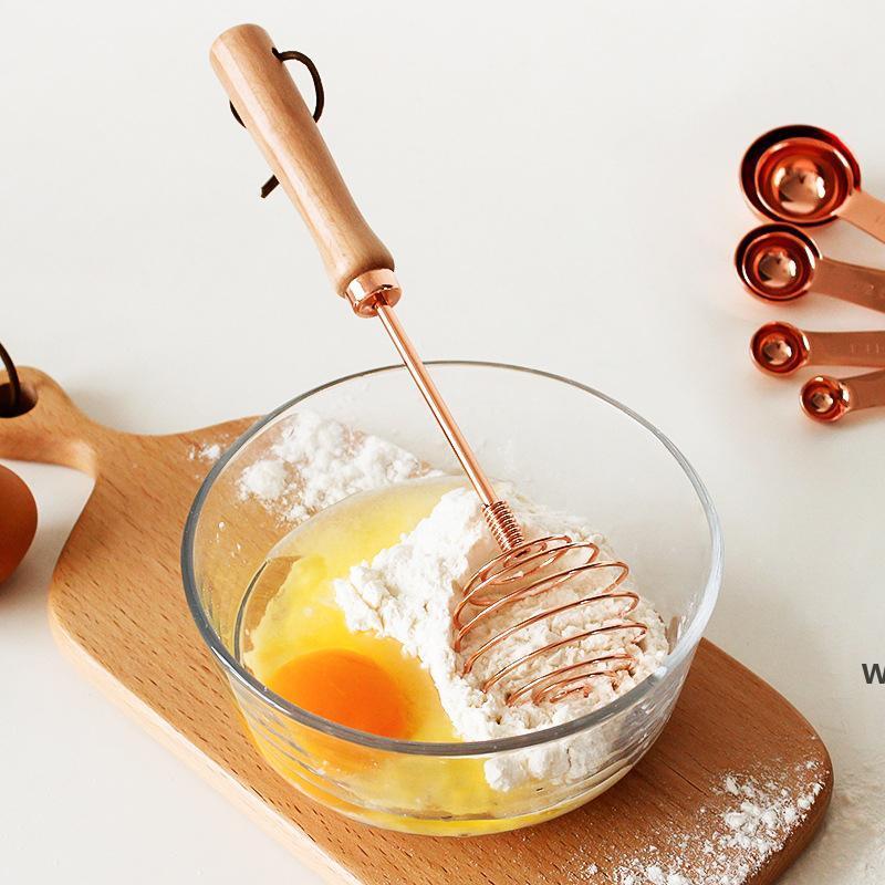 Rose Gold Beech Металлические яичные белоны с деревянной ручкой Смеситель для кухни Кухонные инструменты Ручной яйцо Смеситель Poamer Cream Whisk Surking Utensil DHF6201