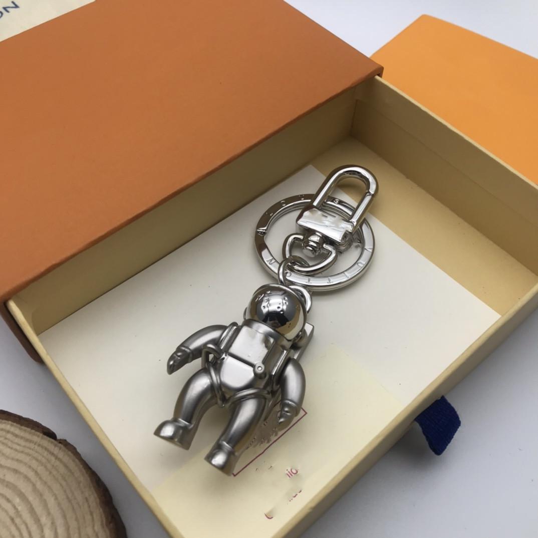 Luxurys Designer Designer Keychain Fibbia Amanti Portachiavi auto Portachiavi a mano Portachiavi in pelle Uomo Donna Borsa Accessori pendente 17 colori