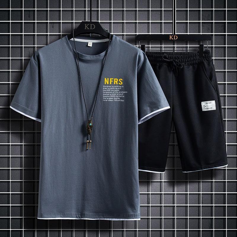 Sumos para hombre de verano Hombres de manga corta Ropa deportiva 2 piezas Set camiseta + pantalones cortos Ropa masculina Slim Sports Trajes de los chándales de los chándales de los hombres