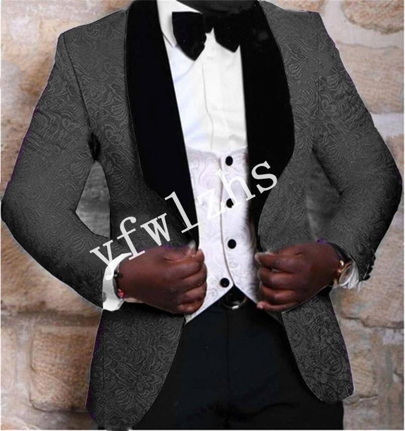 Handsome Embossing Groomsmen Shawl Lapel Groom Tuxedos Men Suits Wedding/Prom/Dinner Man Blazer(Jacket+Pants+Tie+Vest) W906