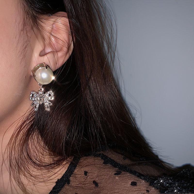 Charms Kadınlar Küpe Kristal Ilmek Küpe Inci Brincos Marka Düğün Için Femme Bijoux Stud