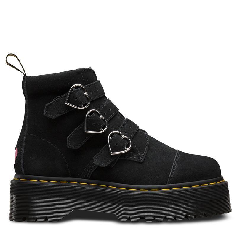 Botas de plataforma de gamuza Mujeres Decoración en forma de corazón Zapatos de mujer Hebilla Correa corta Botas Punk Round Toe Shoes Zapatos Botines 2021