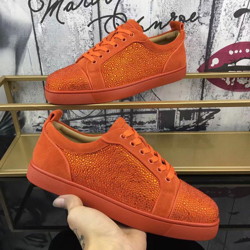 021 الأحمر سوليد الأحذية عارضة منخفض الصدر مسطح القاع القاع زوجين الصفصاف مسمار الجلود الرياضية حزام مربع نوع الغبار حقيبة ج 34-47