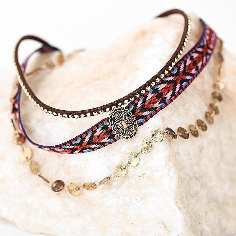 Böhmische Retro Persönlichkeit Choker Halsketten für Frauen Weibliche Drei Ebenen DIY Brief Joker Kombination Halskette Schmuck Bijoux Chokers