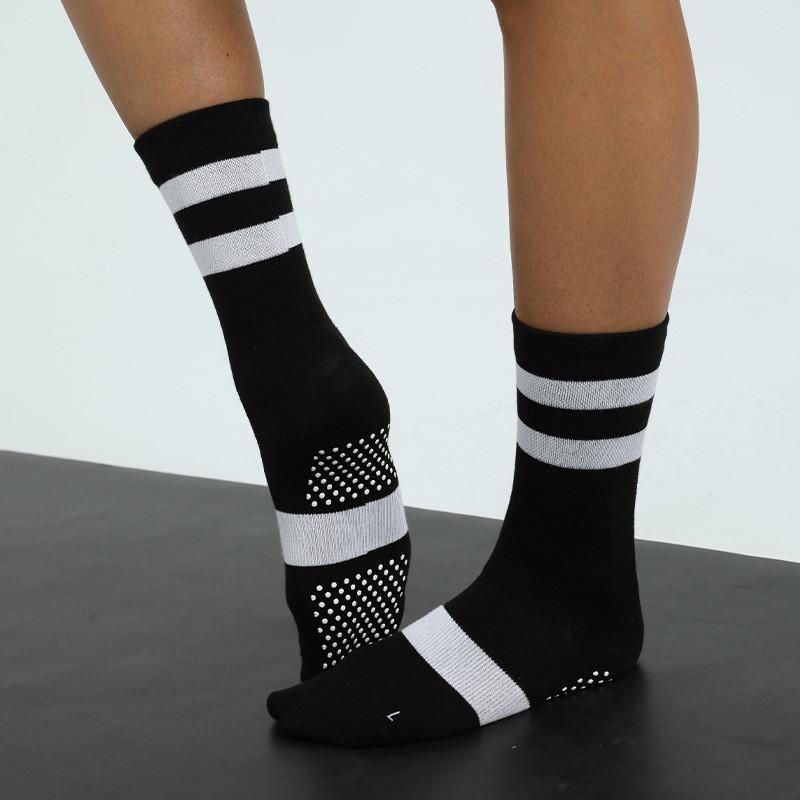 Addensare Uomini caldi Donne Alti Calze lunghe Sport Peluche Solid Room Yogo Sock Sock Donna Femminile Femminile Elastico Pavimento Soccodrillo Slittino per palestra
