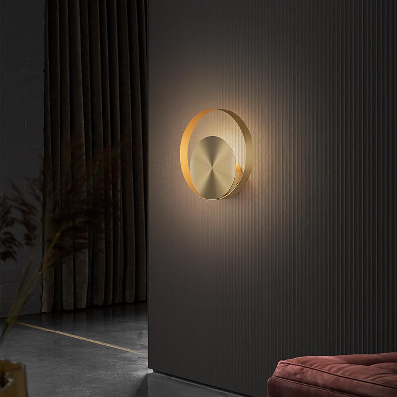 الجدار مصباح الشمال ضوء لغرفة النوم الذهب جولة درج ممر الممر السرير الحمام الحديثة البساطة النحاس ديكور داخلي