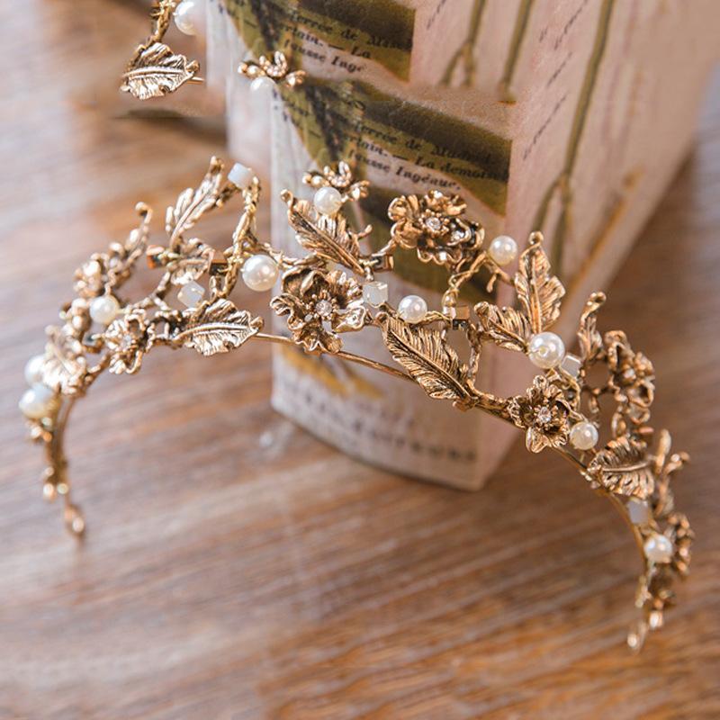 Retro estilo Baraca Mujer Taburía Coronas de boda Plavas de novia de novias Accesorios para el cabello de las señoras para el partido Cumpleaños Formal Ocasión Regalo Joyería Al8883