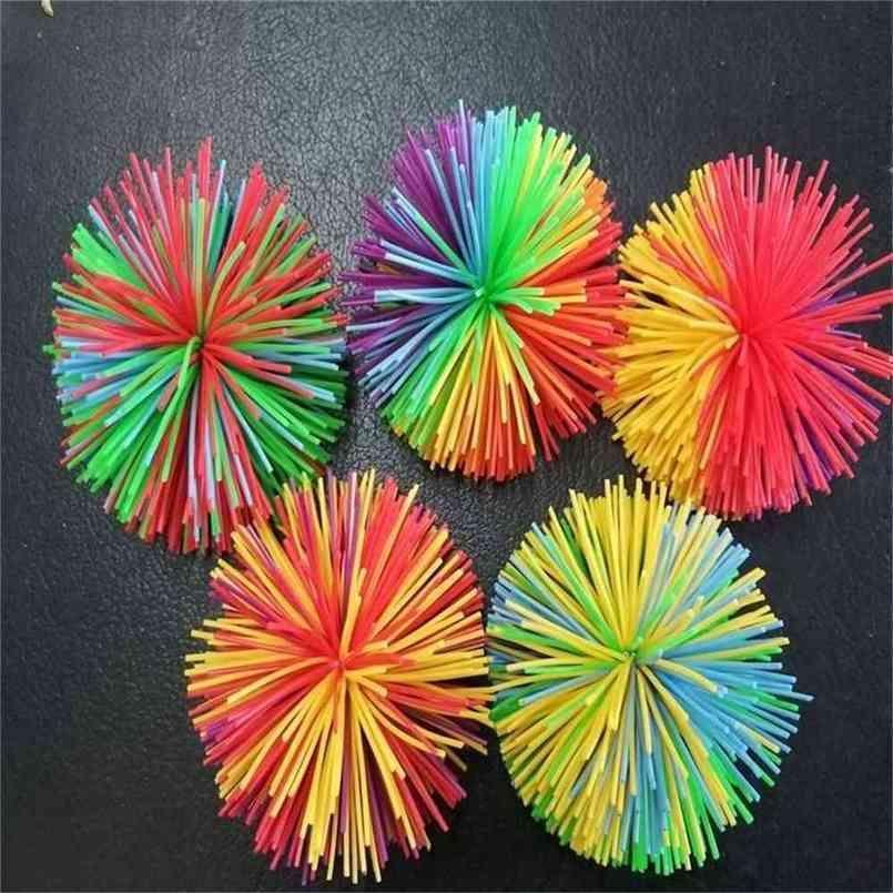 Sensory fidget koosh bola juguetes de bola elástico silicona pom estrés alivio dna arco iris color masa bolas autismo adhd dedo diversión exprime juguete poppers h48ccku