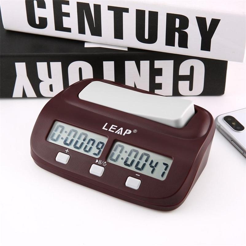 2020 PROFESSIONNELLE Compact Horloge d'échecs numériques compacts Compte en haut de la minuterie Minuterie Jeu de cartes de billets de bonus Compétition Master Tournoi Gratuit LJ201212