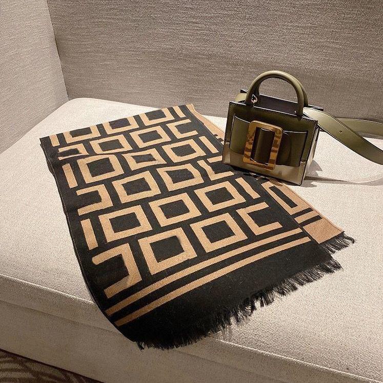 Accesorios de moda Bufandas Classic Letra Pattern Otoño Invierno Winter Wraps Hombres Mujeres Unisex