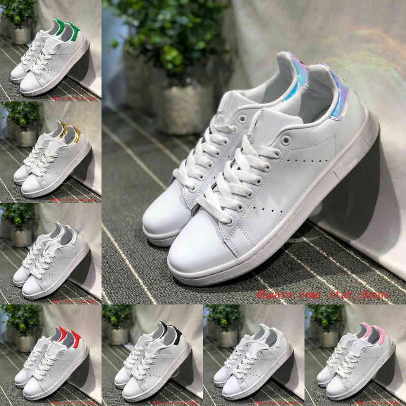 بيع 2021 جديد الرجال النساء أحذية عارضة أحذية خضراء أسود أبيض الأزرق الأزرق أوريو قوس قزح الوردي أزياء رجالي مسطح المدرب في الهواء الطلق مصمم الأحذية حجم 36-44 F20