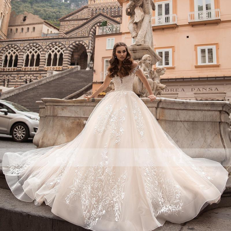 Gorgeous Appliques Court Train Ball Gown Wedding Dresses 2021 Charming Boat Neck Off the Shoulder Princess Wedding Gown