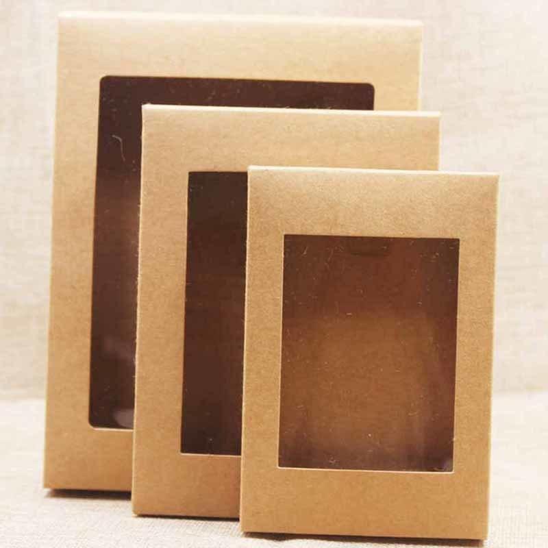 20pcs Kraft Paper Candy Caja de caramelo DIY Cake Cookie Favor Favor Paquete de regalo con PVC Borrar ventana Inicio Navidad Fiesta Decoración de la boda 210331