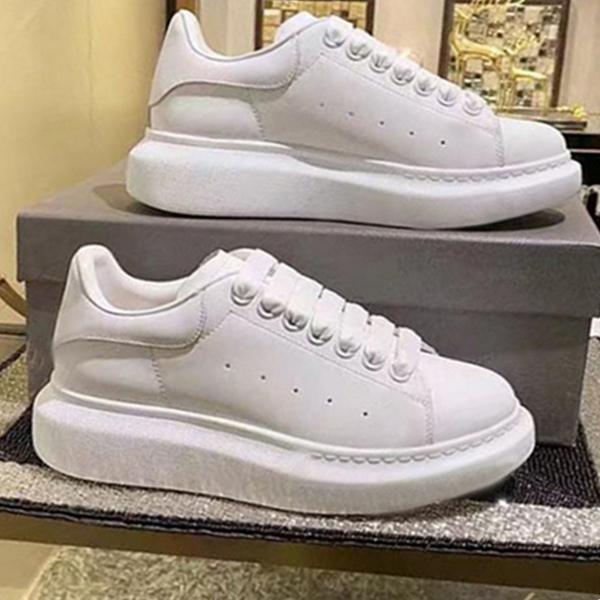 الرجال عارضة أحذية جلدية لفتاة النساء الرياضة حذاء أسود أزرق أزياء مريحة شقة زفاف أبيض فساتين 35-45