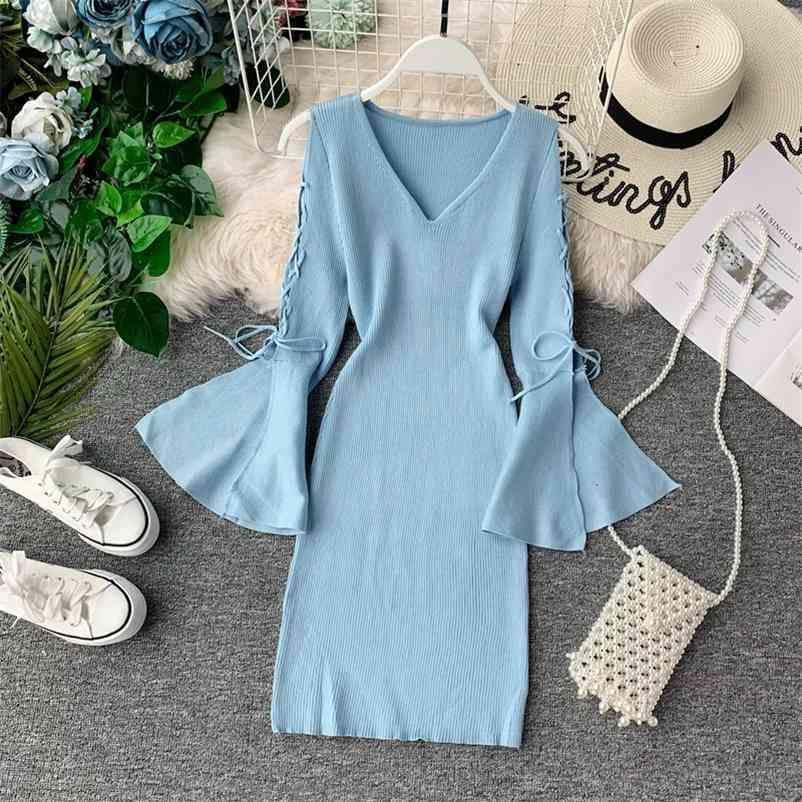 Dünne Frauen Pullover Feste Flare Sleeve Sexy V-ausschnitt Herbst Winter Kleidung Pullover Stretch Koreanisch Suter Mujer 210512