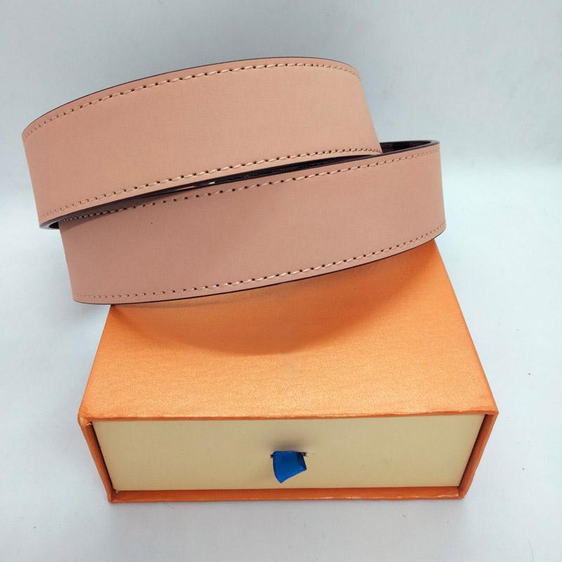 أحزمة مصمم للرجال مصممين حزام جلدية فاخرة الأعمال منقوشة حزام المرأة كبيرة الذهب والفضة أسود مشبك مع مربع