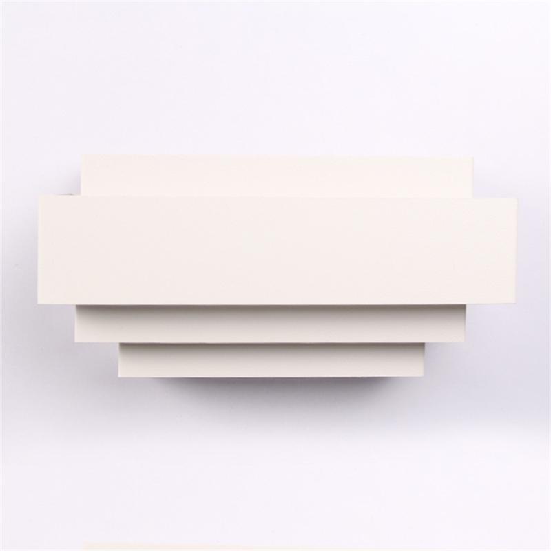 Zeitgenössischer Innenraum nach oben nach oben gebogener weißer quadratischer Beleuchtungslampe