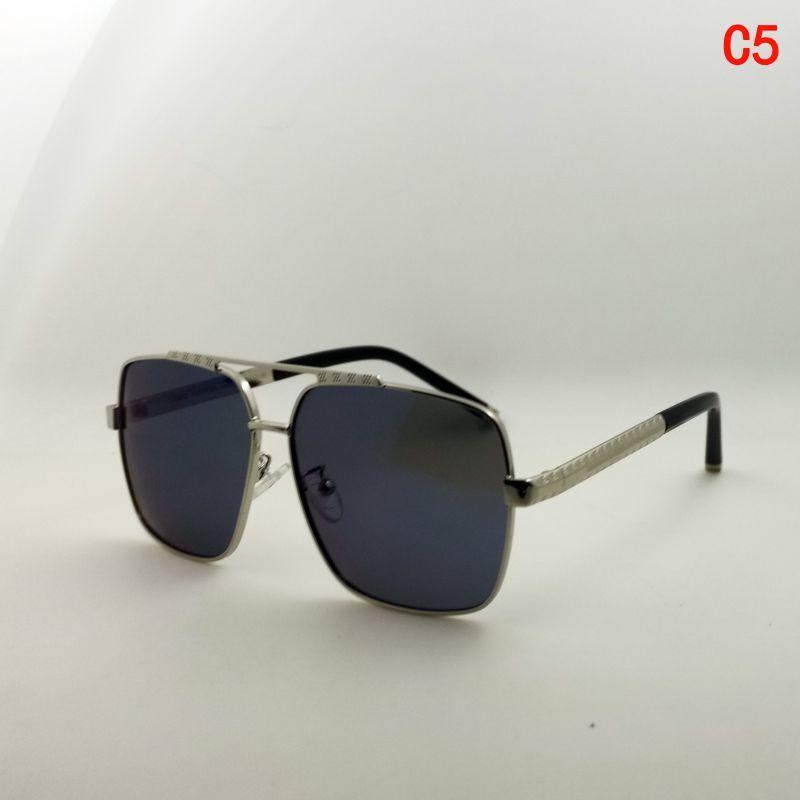 Mode Klassische Sonnenbrille für Frauen Metall Square Gold Rahmen UV400 Unisex Vintage Stil Haltung Sonnenbrille Schutz Eyewear mit Box