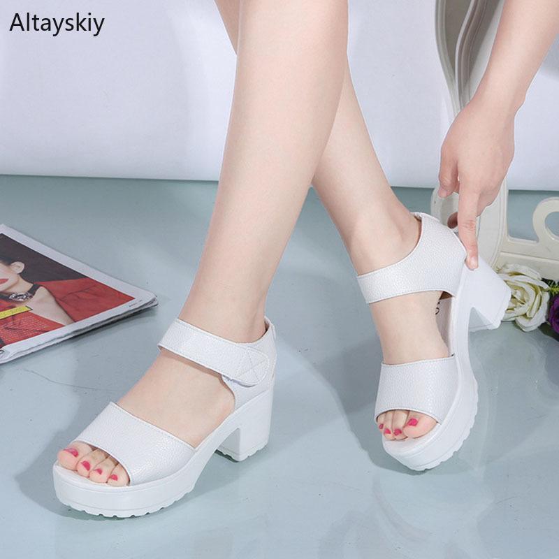 الصنادل النساء بسيطة سميكة أسفل منصة عالية مربع إمرأة أنيقة الصيف كل مباراة الأحذية السيدات نمط الكورية العصرية الترفيه