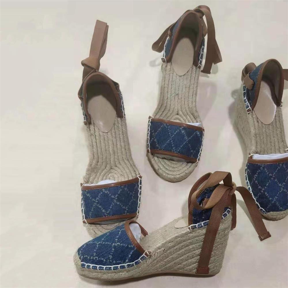 Plataforma de la plataforma de punta abierta de las mujeres Zapatos de alpargua Pescador tacón tacón de diseño Sandalias de cuña Matelassé Peso ligero Calva Zapato de piel de cereal tejido cordón con caja