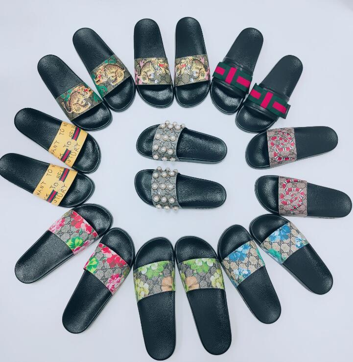168 Mulheres homens mulheres sandálias com caixa de flor correta saco de poeira sapatos de cobra cópia deslizamento de verão