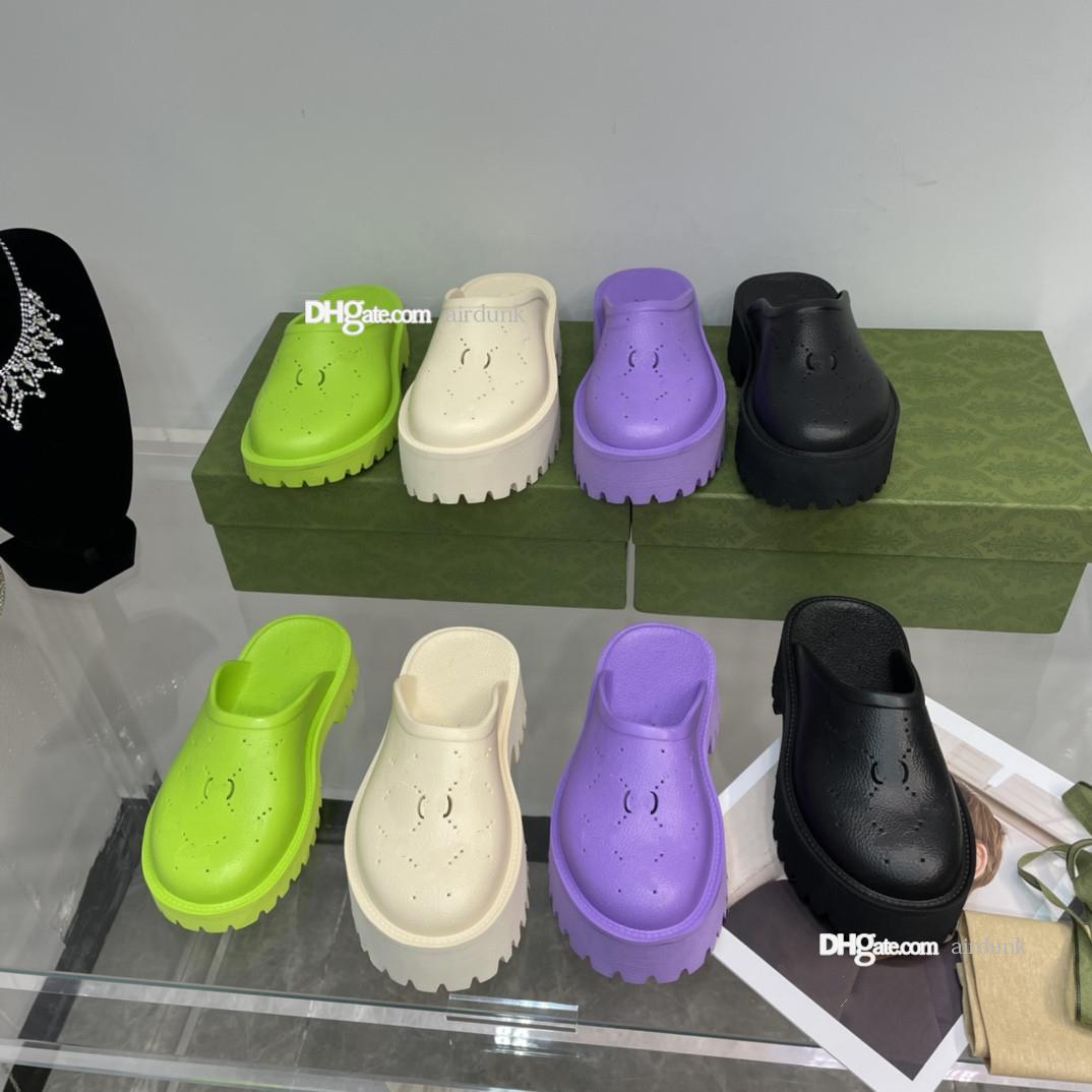 2021 مصمم جيلي المرأة صندل كعب النعال الصندل مصنوعة من مواد شفافة مثير و جميل شاطئ صني امرأة الأحذية منصة مثقبة شبشب