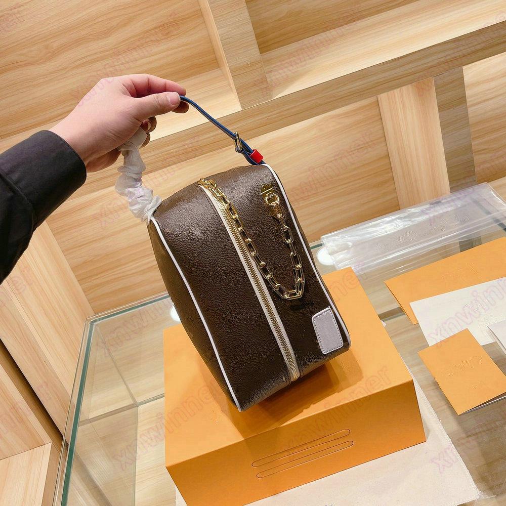 Cloakroom dopp كيت حقيبة مستحضرات التجميل حقيبة مصمم رجل غسل أكياس خمر أدوات الزينة حالة مصممي الفموي محفظة محافظ تواليت الحصري أصعب قطعة واحدة للحصول على M85149