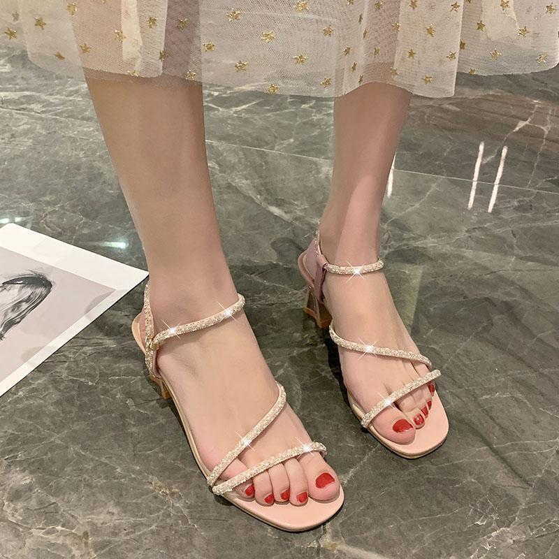 Garip Stil Yüksek Topuk Sandalet Kadınlar Kristal Dar Bant Ayakkabı Yaz Tatlı Açık Toe Bej Pembe Elbise