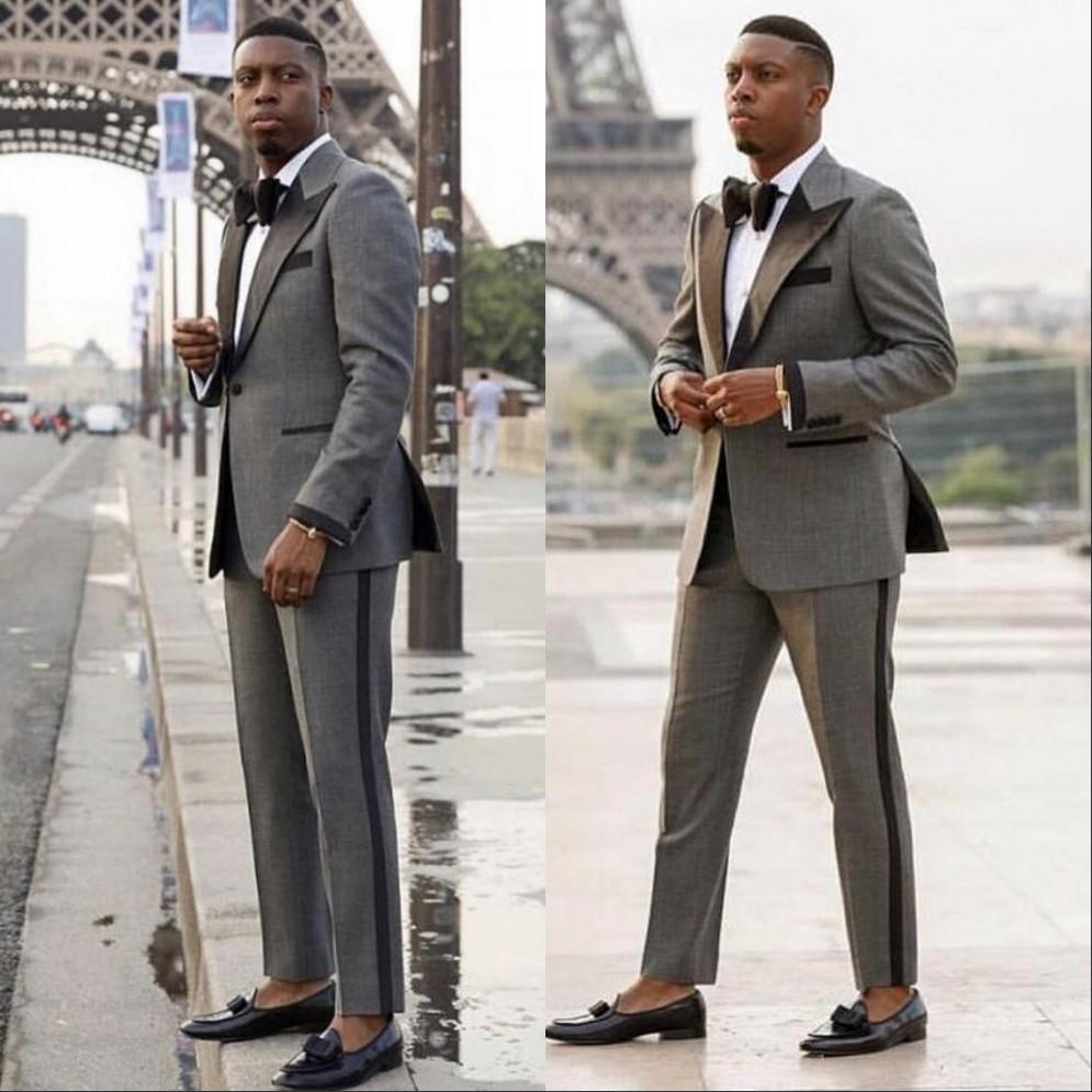 2021 Düğün Smokin Gri Erkekler Blazers Ziyafet Parti Balo Topu Slim Fit Damat Suit Ceketler Zorlu Yaka Sahne Kostüm Gece Kulübü Şarkıcı Ev sahibi Dansçı