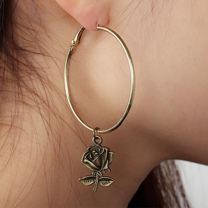 아니스 빈티지 장미 꽃 큰 원형 후프 귀걸이 여성을위한 금 실버 컬러 라운드 펜던트 패션 성명서 쥬얼리 Huggie