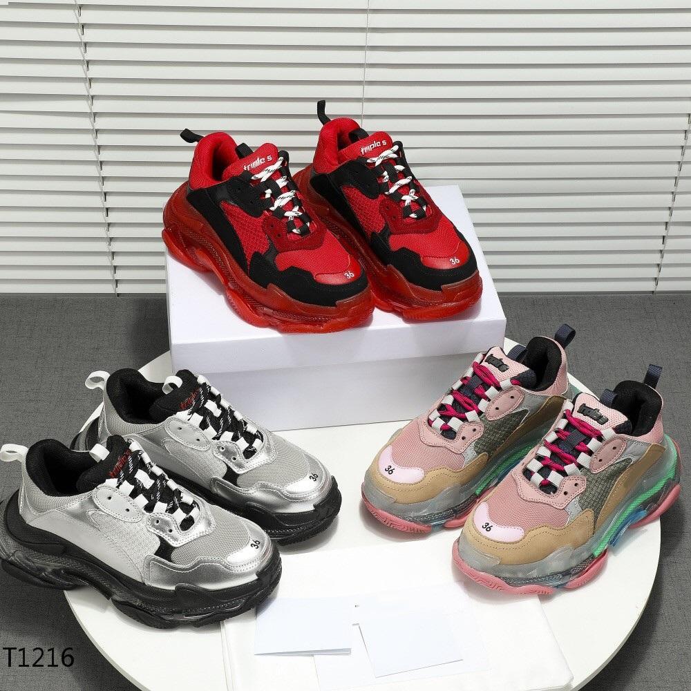 Designer di lusso Scarpe Triple S Sneakers Tripler Black White Platform Bottoms Scarpa casual per uomo Donna Classic Fashion Paris Vecchio Dad Trainer