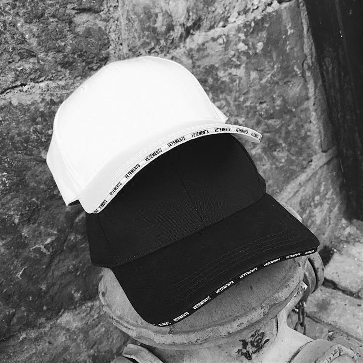 Web celebridad zhou yangqing mismo cartas de sándwich béisbol sombrero estrella placa doblada aleros verano sombrilla sombrilla hombres y mujeres