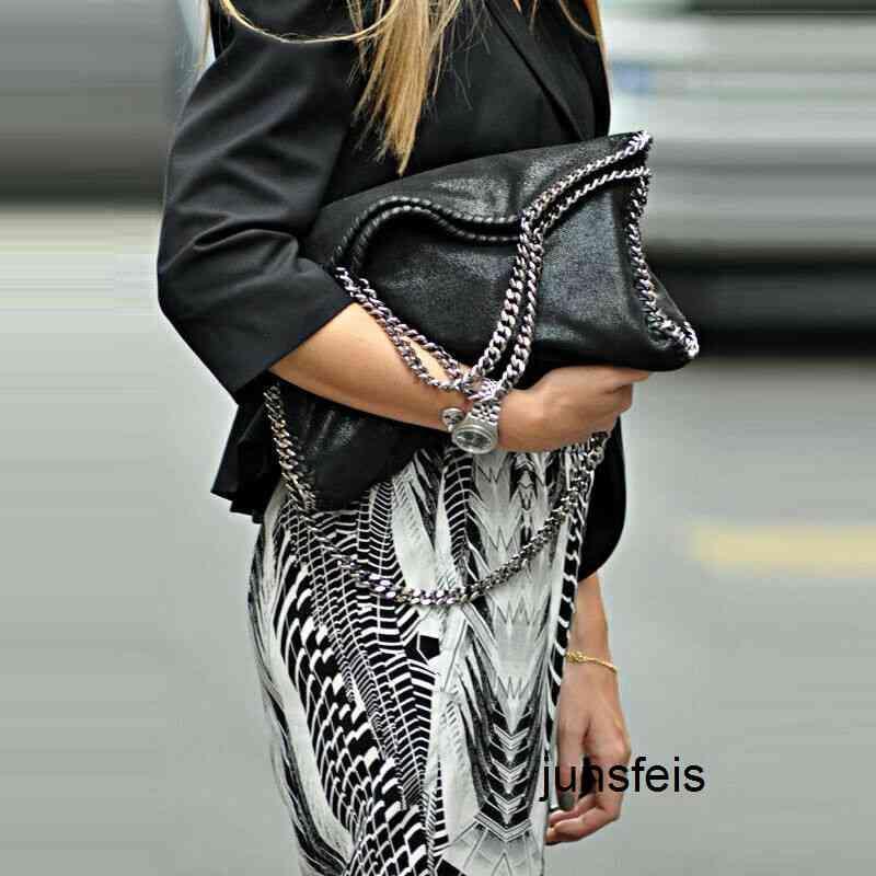 Fábrica de moda cadena sólido color plegable nuevo marea hombro hembra paquete PU mate cuero s mujer de lujo diseñador