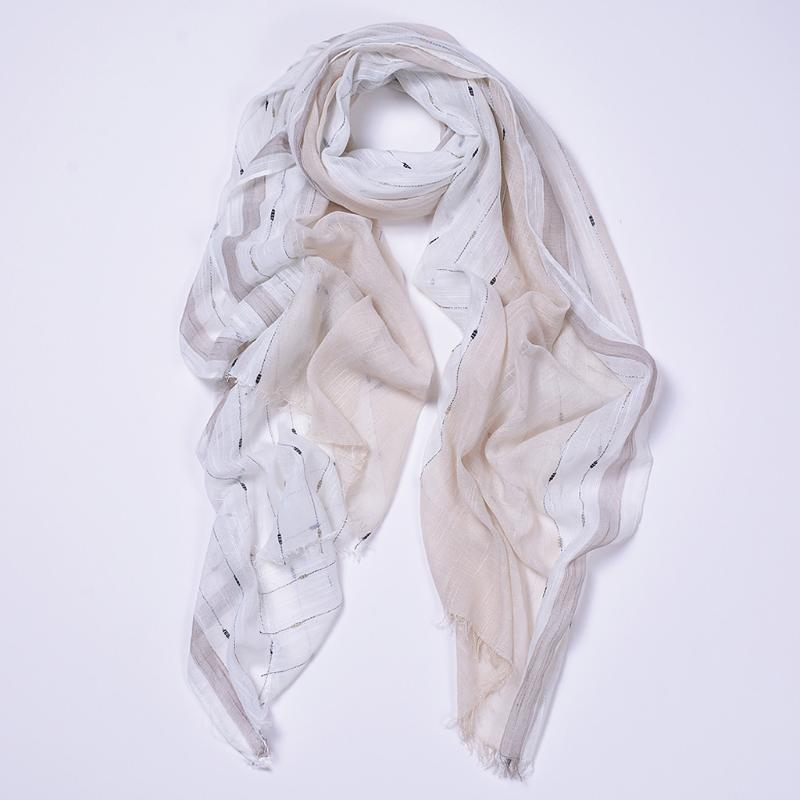 Scarves 40# Women's Print Scarf Fashion Balinese Feathers Lightweight Beach Sunscreen Pareo Female Foulard Femme Silk