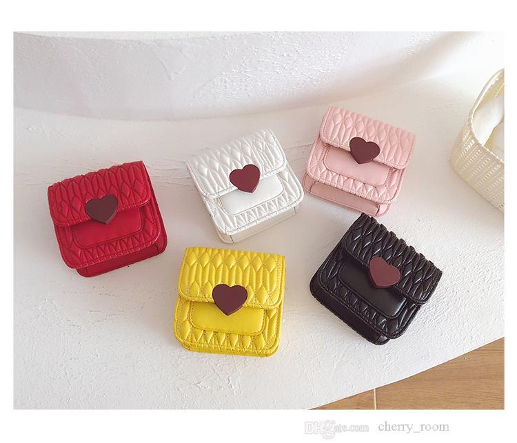 Girls handbag 2021 cute loving heart fashion children zero wallet princess chain Pleated kids one shoulder messenger bag F724