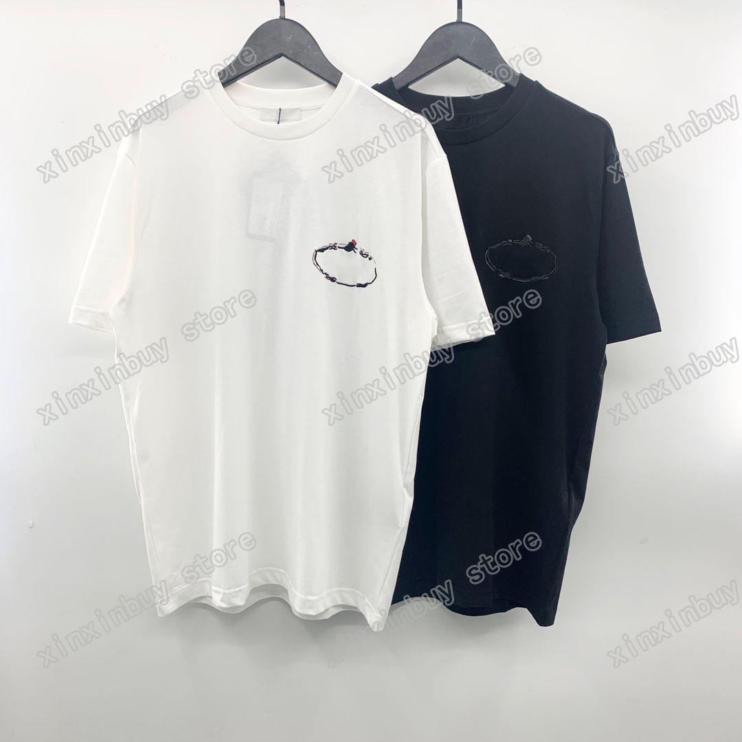 21SS Uomo stampato T-shirt Polos Designer Designer ricamo Triangolo Etichetta Parigi vestiti uomo camicia tag stile allentato nero bianco grigio 05