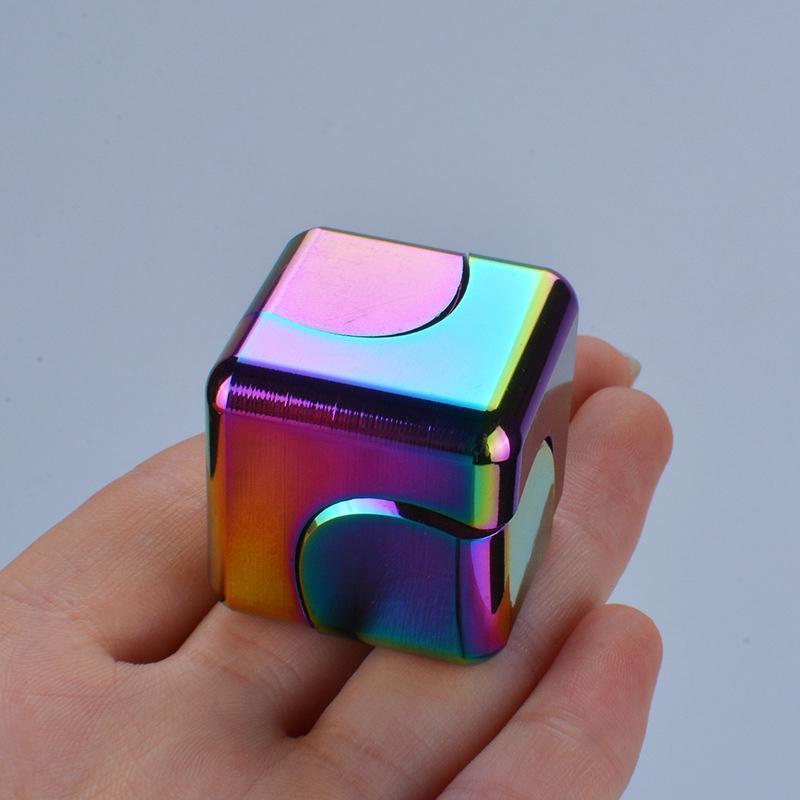 Magnético Fidget colorido Fidget Spinner Stress Relief Toys para Crianças Antistress Mão Metal Spinner Desk Adulto Giroscópio Brinquedos Presentes 210330