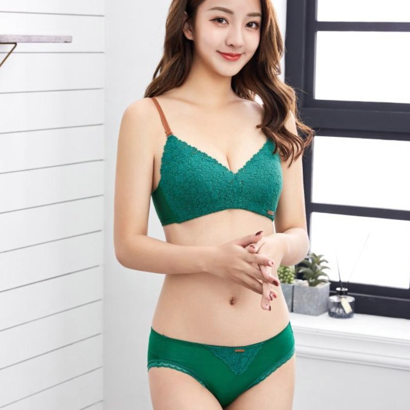 Bras Define Fio Japonês Livre Confortavelmente Sexy Push Up Sutiã e Panty Set Lace Algodão Kawaii Lingerie Mulheres Intimates Seamless V