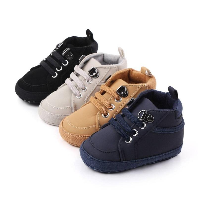 Primavera New Baby Scarpe per Boy Girl Color Solid Color PU in pelle morbido cotone antiscivolo con suole neonato sneakers scarpe da sneakers bambino infantile 1828