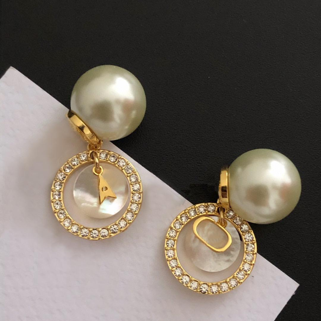 Fashion Charm pearl stud earrings for lady Women Party Wedding Lovers gift engagement JewelryWith BOX HB0329