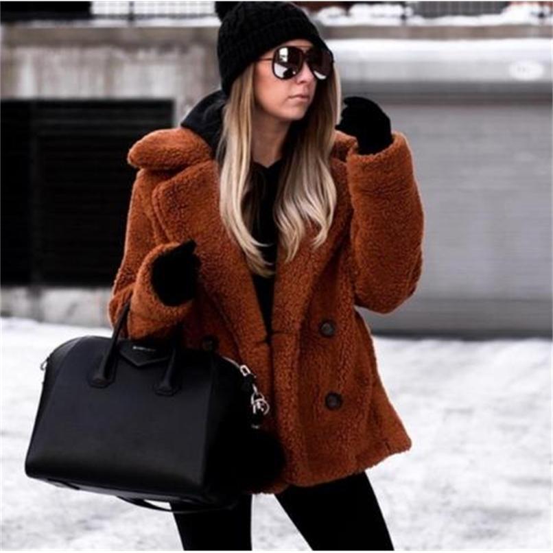 Hiver épais manteau en peluche chaude femme revers manches longues manches longues poilues fausses vestes de fourrure féminin poches plus taille taille 210910
