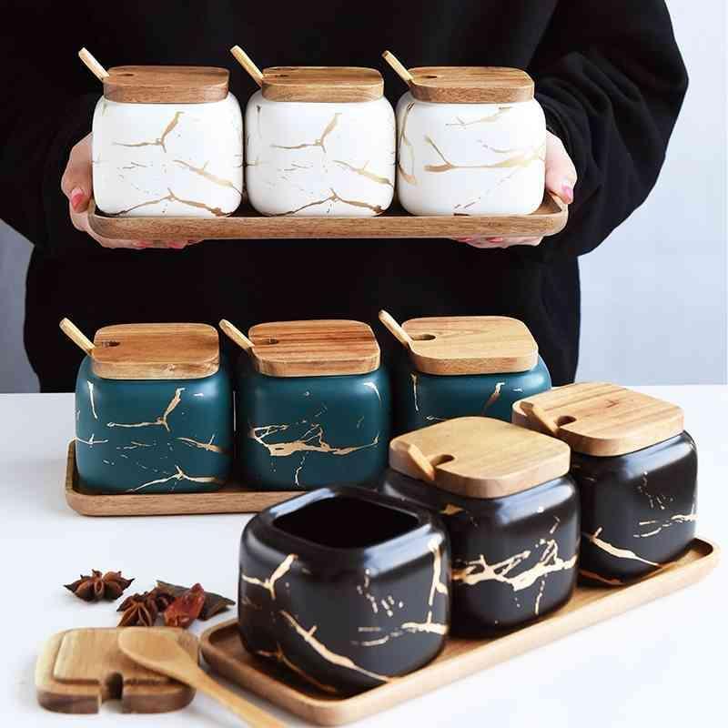 Chaîne de marbre de style nordique de luxe Terrain d'assaisonnement en céramique Ensemble de couverture en bois SALLAKER SHAKER SPICE JAR Cuisine Accessoires 210331